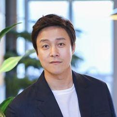Choi Dae Chul Image