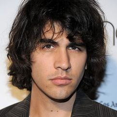 Nick Simmons Image