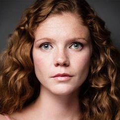Kate Ross Image