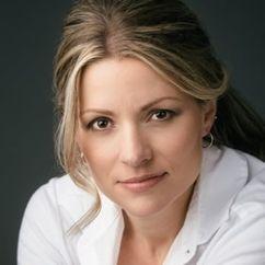 Julia Denton Image