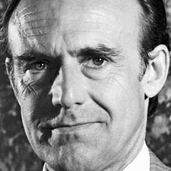 Richard Bull Image