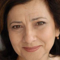Isabel Dos Santos Image