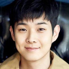 Choi Woo-shik Image