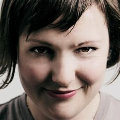 Josie Long Image