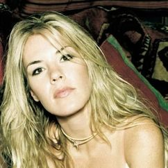 Jennifer Paige Image