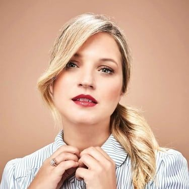 Vanessa Ray