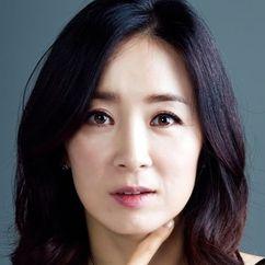 Yoon Yoo-sun Image