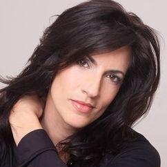 Cathy DeBuono Image
