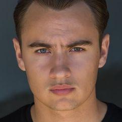 Brandon Thomas Lee Image