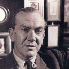 Graham Greene Image