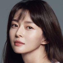 Kwon Na-ra Image
