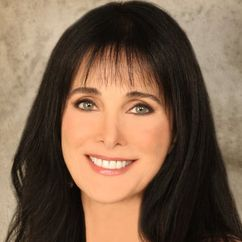 Connie Sellecca Image