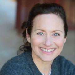 Helen Eigenberg Image