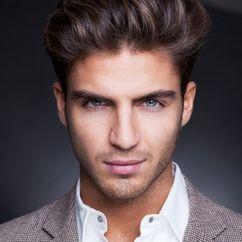 Maxi Iglesias Image