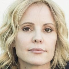 Emma Caulfield Image