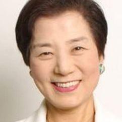 Yoshiko Shinohara Image