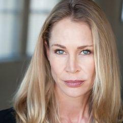 Kathleen Kinmont Image