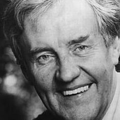Richard Briers Image