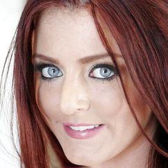 Sophie Dee Image
