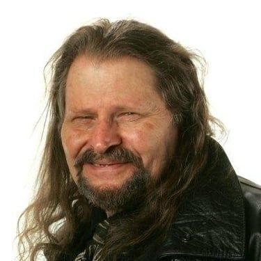 Bruce Glover Image