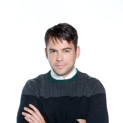 Bruno Langley Image