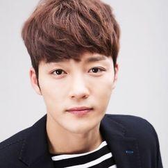 Kim Jin-woo Image