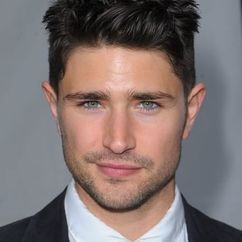 Matt Dallas Image