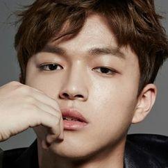 Baek Seung-hwan Image