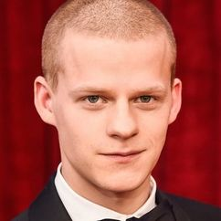 Lucas Hedges Image