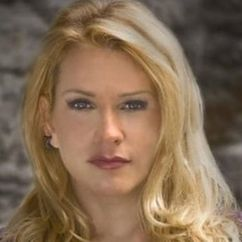 Cinthia Burke Image