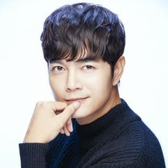 Seo Do-young Image