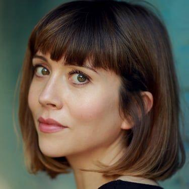 Laura Pyper Image