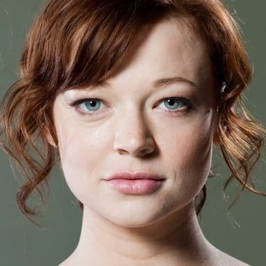 Sarah Snook Image