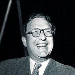 Ralph Thomas Image