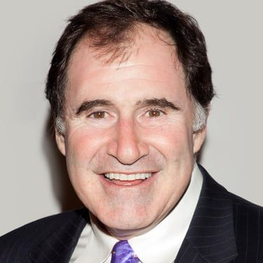 Richard Kind Image