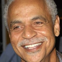 Ron Glass Image