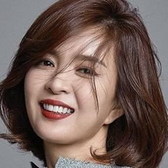 Shin Eun-jung Image