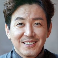 Choi Won-young Image