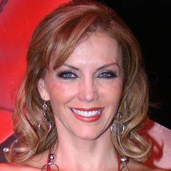 Laura Flores Image