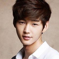 Lee Won-keun Image