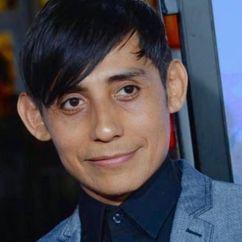 Luis Chávez Image