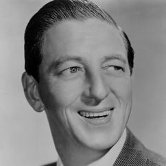 Ray Bolger Image
