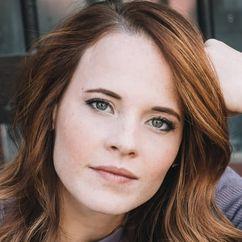 Katie Leclerc Image