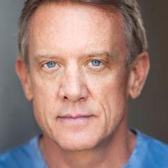 Simon Burke Image