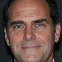 Andy Buckley Image