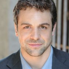 Chris McKenna Image