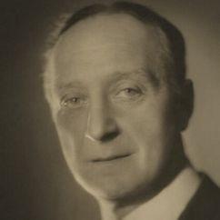 Robert Hale Image