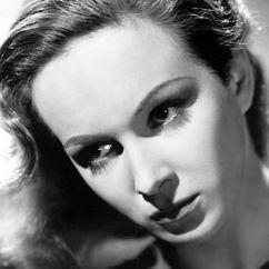 Joan Greenwood Image