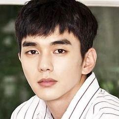 Yoo Seung-ho Image