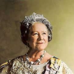 Queen Elizabeth The Queen Mother Image